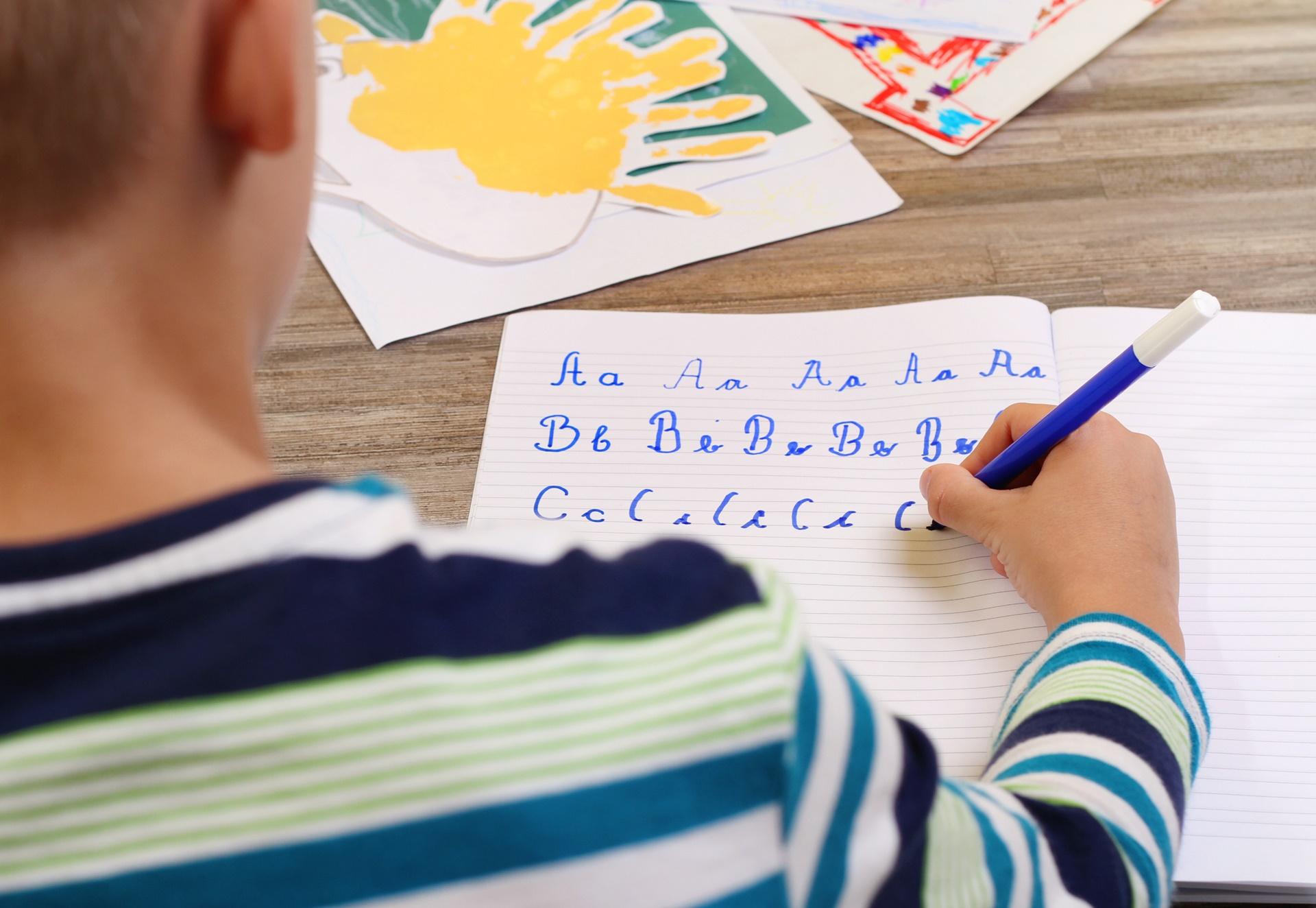 Alfabeto infantil para imprimir