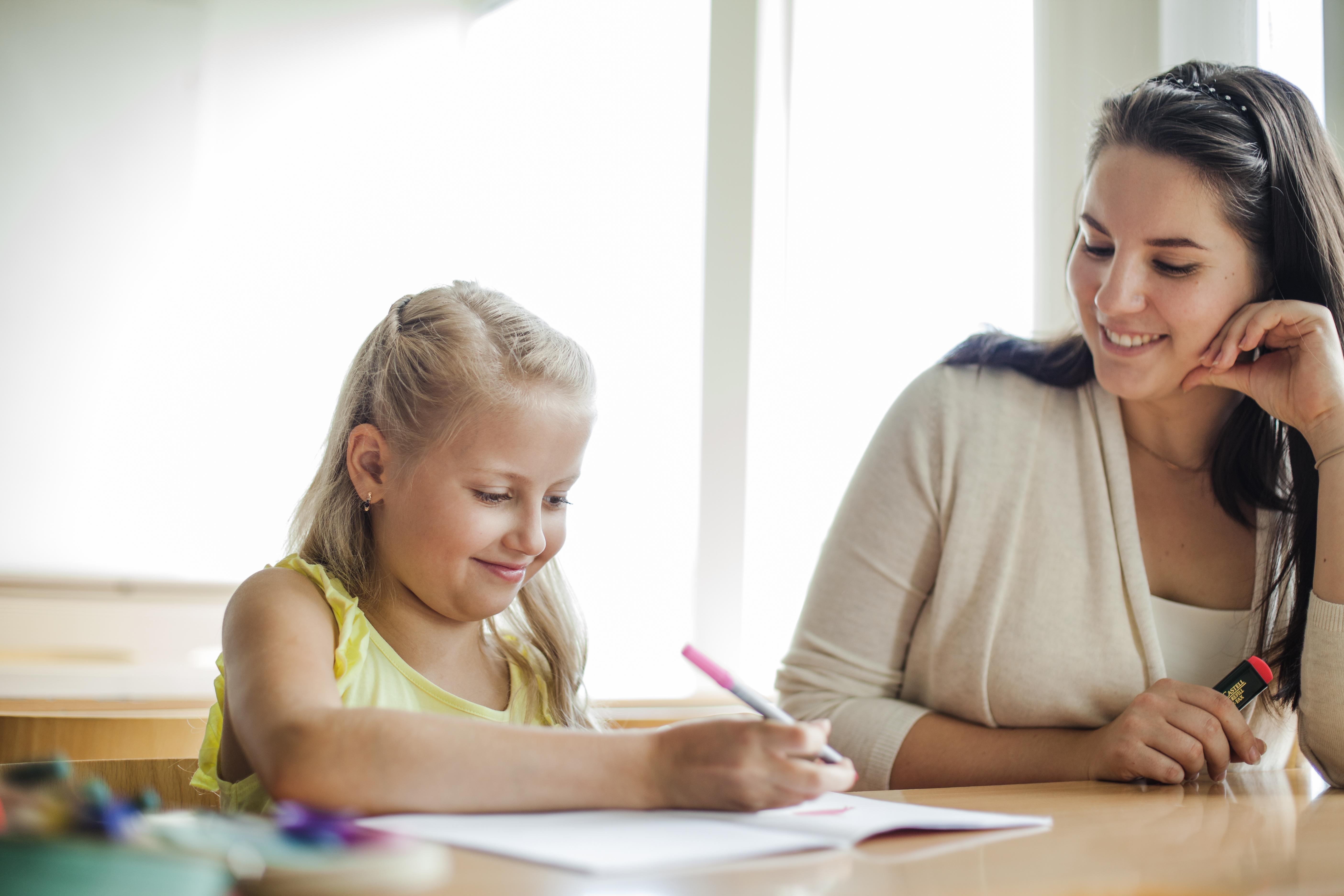 Como o Kids Coaching vê os limites do professor, a doutrinação ideológica e a importância da relação de parceria entre educador e aluno